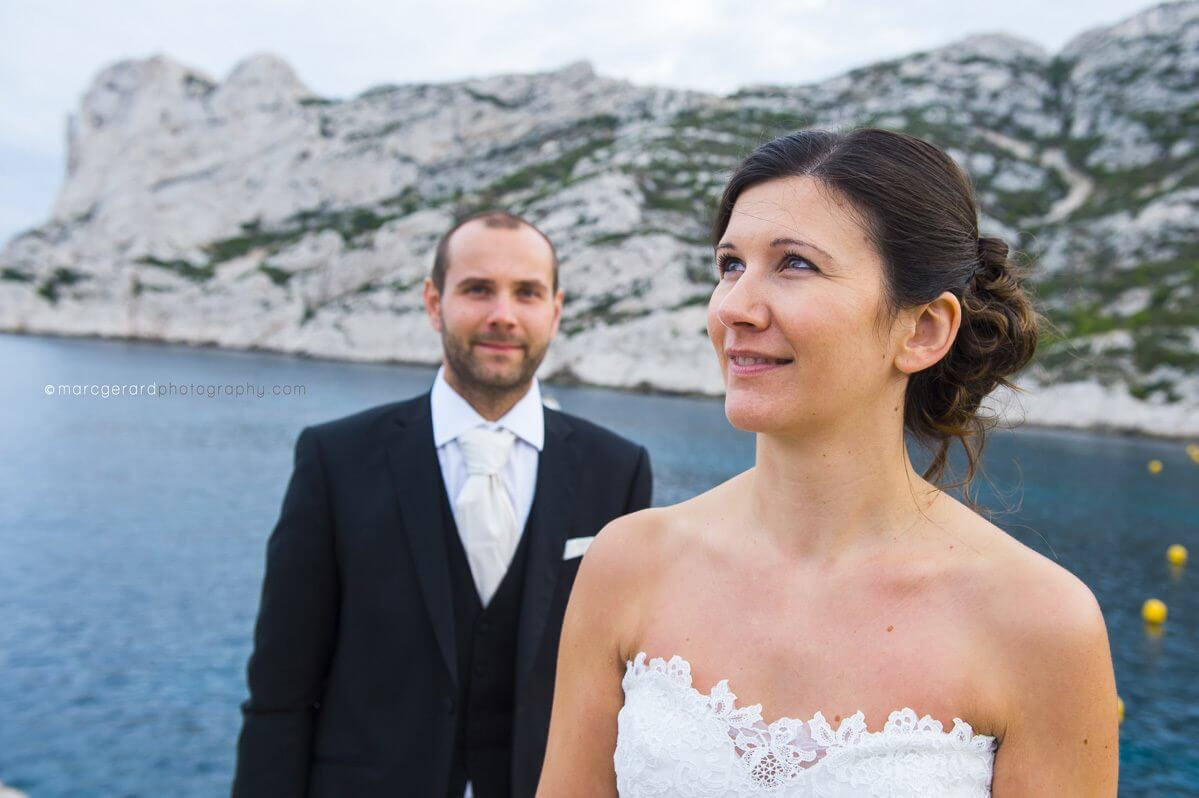 Photos de couple Marseille : Trash The Dress aux calanques de Sormiou